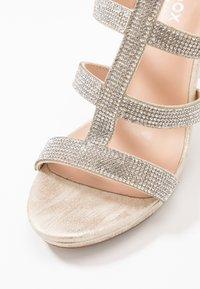 Paradox London Pink - RAVEN - High heeled sandals - champagne - 2