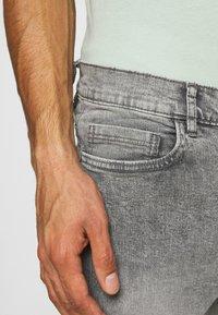 Burton Menswear London - Slim fit jeans - grey - 3