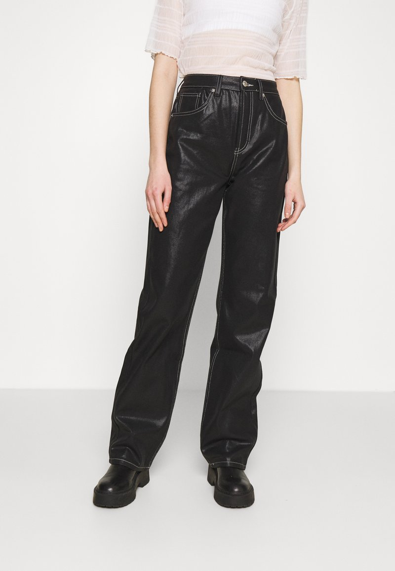 Topshop - COATED RUNWAY - Relaxed fit jeans - black