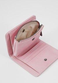 Fritzi aus Preußen - AURELIE - Peněženka - soft pink - 5
