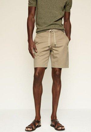 FLEK - Shorts - beżowy