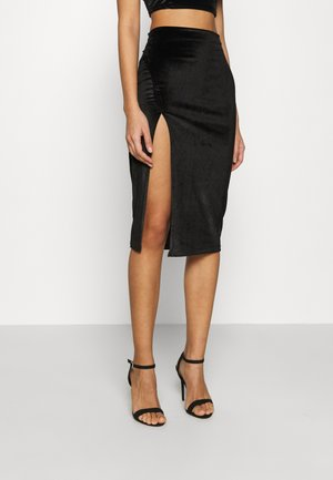 MIDI SKIRT WITH FRONT SIDE SPLIT - Spódnica ołówkowa  - black