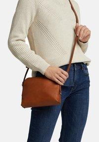 Esprit - Across body bag - rust brown - 1