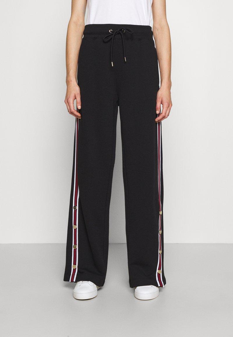 Iceberg - PANTS - Pantalones deportivos - black