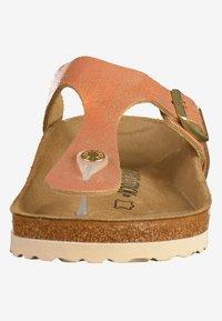 Birkenstock - GIZEH - T-bar sandals - brown/copper/orange - 5