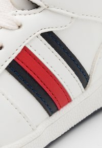 Tommy Hilfiger - Sneakers hoog - white/blue - 5
