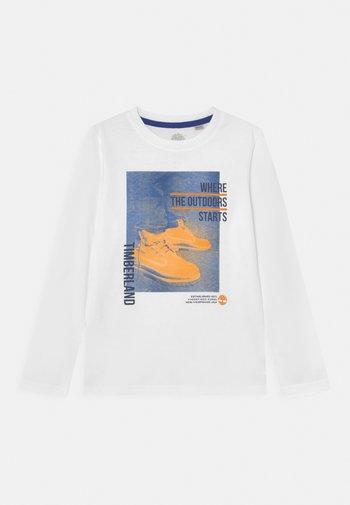 LONG SLEEVE - Pitkähihainen paita - white