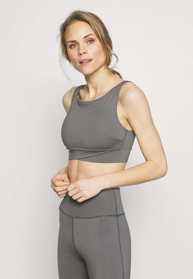 Wolf & Whistle - PERFORMANCE  - Top - grey