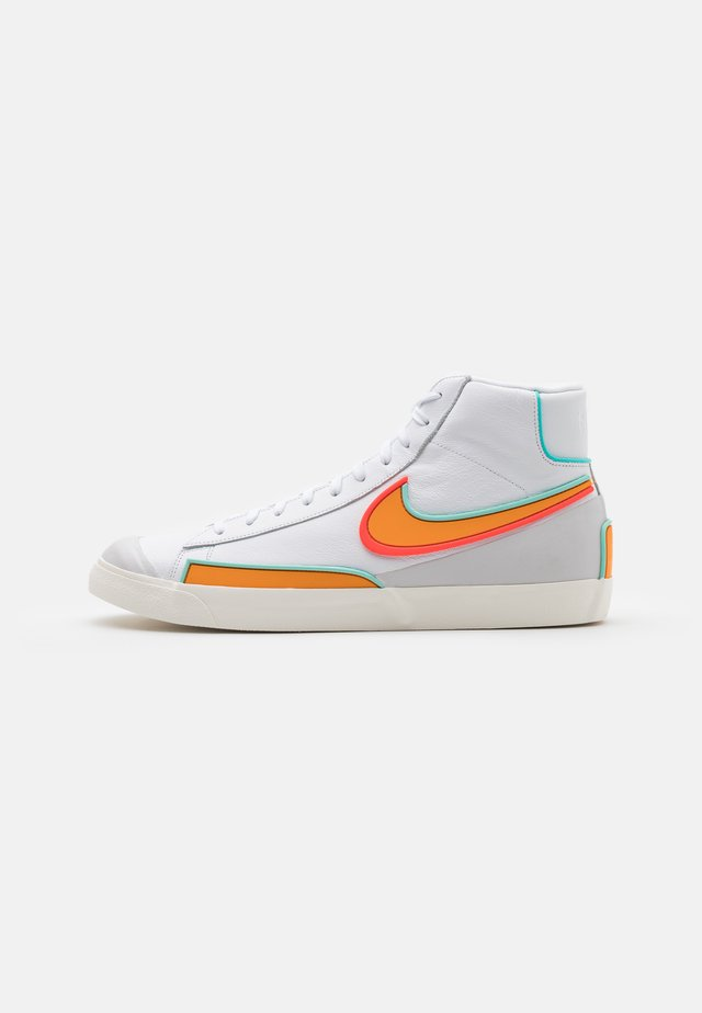 BLAZER MID '77 INFINITE - Baskets montantes - white/kumquat/aurora green/bright crimson/sail