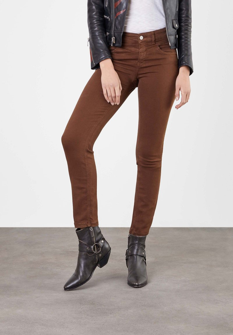 MAC Jeans - Trousers - brown