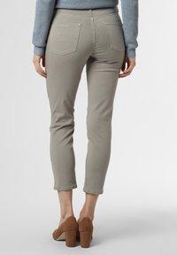 Cambio - PIPER - Slim fit jeans - schilf - 1