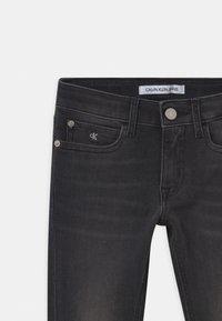 Calvin Klein Jeans - SKINNY  - Jeans Skinny Fit - grey - 2