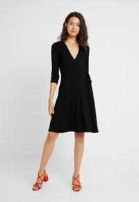 Dorothy Perkins Tall - WRAP DRESS - Jersey dress - black - 1