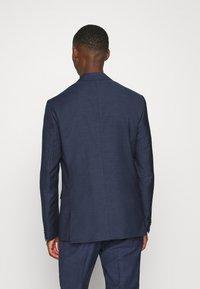 Calvin Klein Tailored - SPECKLED SUIT - Suit - blue - 3