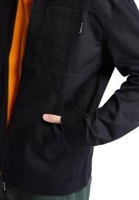 Timberland - YC WORKWEAR JACKET - Summer jacket - black - 6