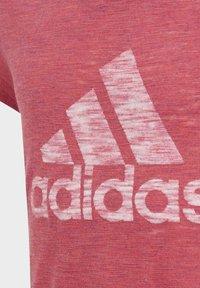 adidas Performance - Camiseta estampada - pink - 6