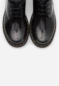 Dr. Martens - 1461 - Šněrovací boty - silver arcadia - 5