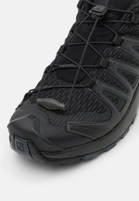 Salomon - XA PRO 3D V8 - Trail running shoes - black/phantom/ebony - 5
