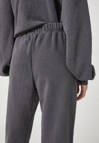 PULL&BEAR - Tracksuit bottoms - mottled dark grey - 3