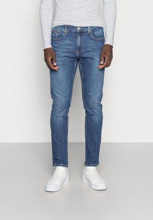 AUSTIN SLIM - Jeans Tapered Fit - denim medium