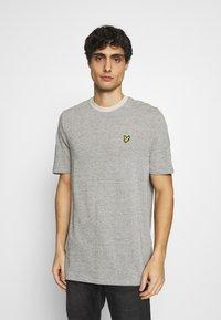 Lyle & Scott - Basic T-shirt - sesame - 0