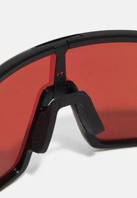 Oakley - SUTRO UNISEX - Sportbrille - polished black - 6