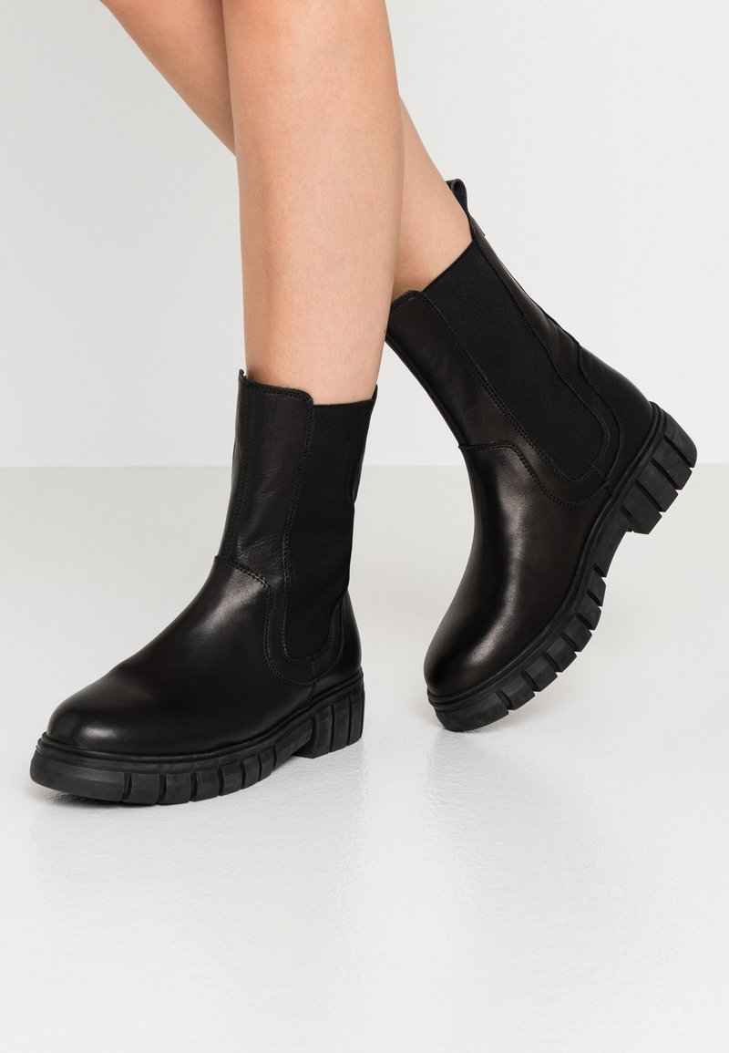 Shoe The Bear - REBEL CHELSEA HIGH - Classic ankle boots - black