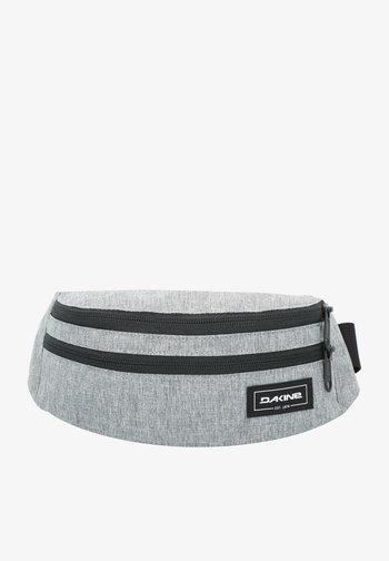 Bum bag - greyscale
