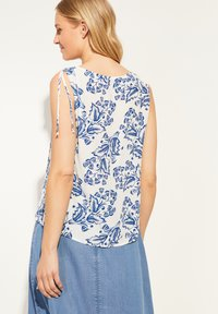 comma - Blouse - white two tone flowers - 2