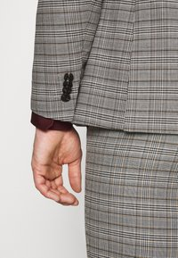 Jack & Jones PREMIUM - JPRBLAFRANCO  - Suit - grey melange - 7