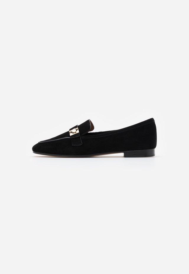 CATROUX - Nazouvací boty - black