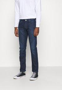 Calvin Klein Jeans - SLIM - Slim fit jeans - denim dark - 0