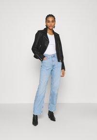 Weekday - ROWE - Jeans Straight Leg - light blue moise - 1