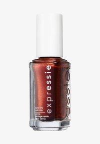 Essie - EXPRESSIE - Nail polish - 270 misfit right in - 0