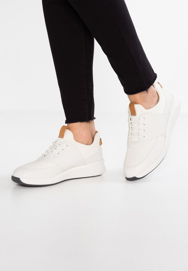 UN RIO LACE - Sneakers laag - white