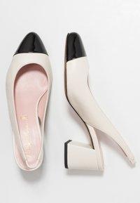 Pretty Ballerinas - SHADE - Classic heels - avorio - 3