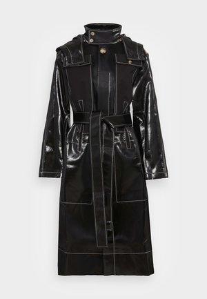 JESSE COAT - Trenchcoat - patent twill black