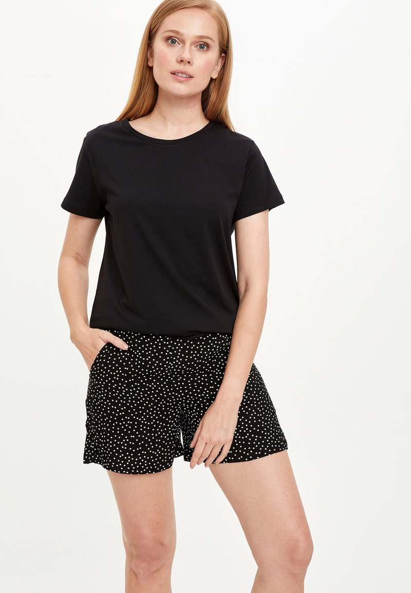 DeFacto - Shorts - black