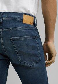edc by Esprit - Szorty jeansowe - blue dark washed - 5