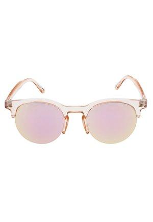MARTINE - Sluneční brýle - clear peach