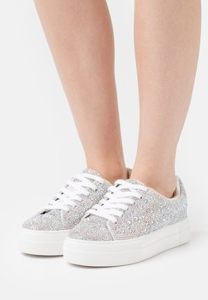 SIDNEY - Trainers - silver