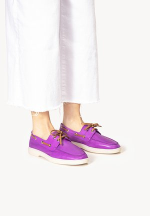 Boat shoes - purple prp