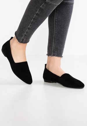 SANDY - Loaferit/pistokkaat - black