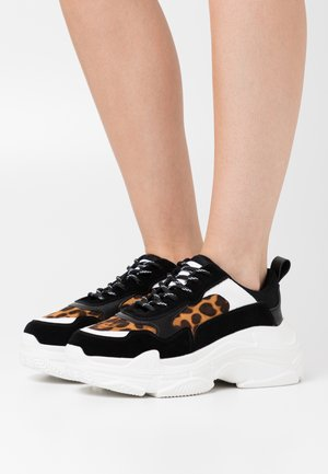LEO CHUNKY TRAINERS - Joggesko - black