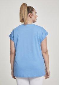Urban Classics - EXTENDED SHOULDER TEE - Camiseta básica - horizonblue - 2