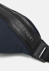 Calvin Klein - WAISTBAG UNISEX - Bum bag - blue - 3