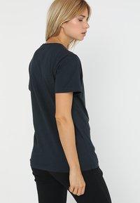 Helly Hansen - LOGO - T-shirts print - navy - 2