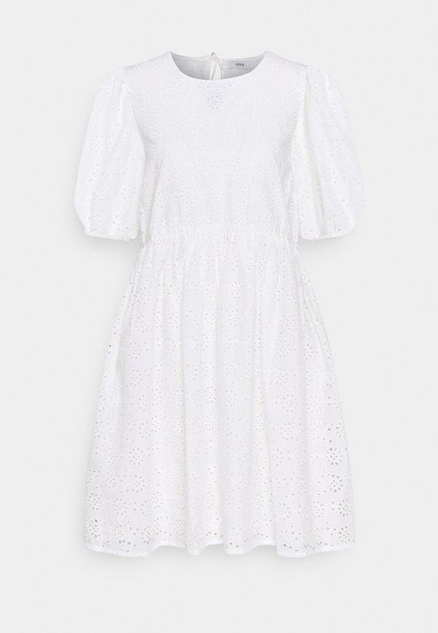 ENBUTTERCUP DRESS - Vestito estivo - white