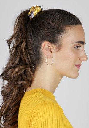 Hair styling accessory - mehrfarbig