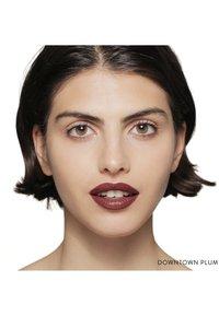 Bobbi Brown - LUXE LIP COLOR - Lipstick - downtown plum - 1